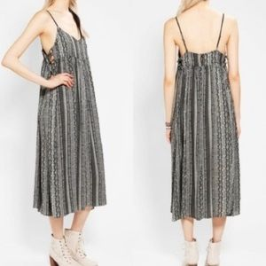 Urban Outfitters | Ecote Tribal Cut Out Ma…